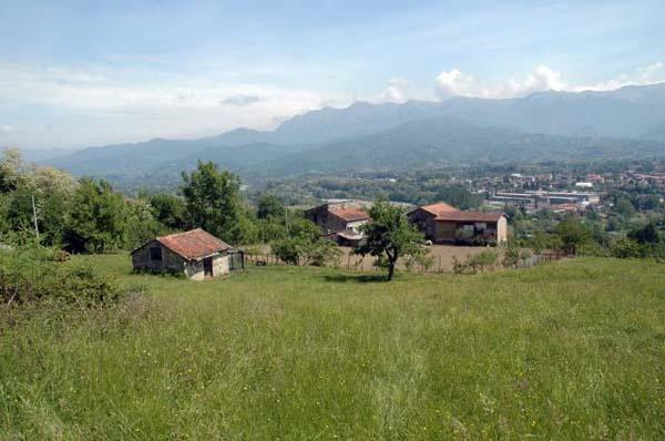 39012 Поместье, Кампоморано,Тоскана ( Италия).