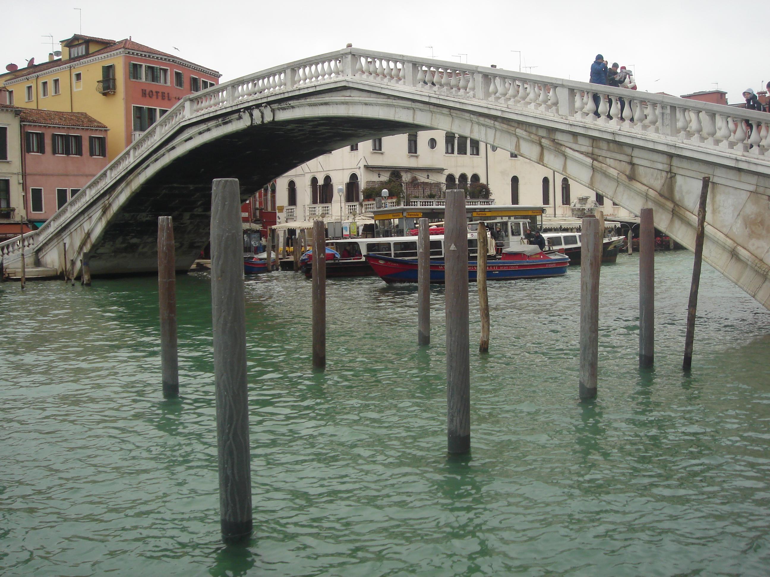 35023 Мини гостиницы, бары, рестораны (Италия).
