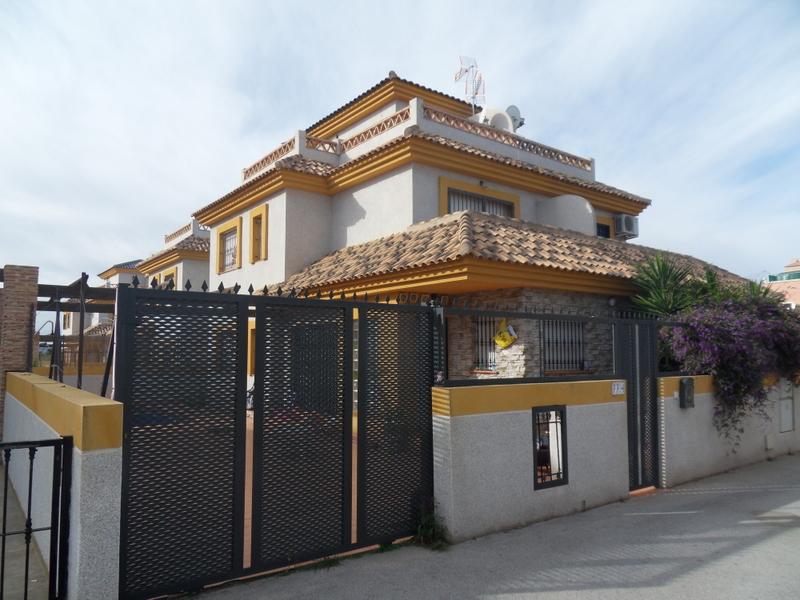 34041/94 The townhouse, LA HERRADA, Los Montesinos (Spain)